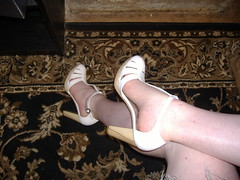 Kenneth Cole LA side far (PrincessPoochie) Tags: feet shoe shoes pumps legs princess sandals heels daydreams poochie kennethcole slingbacks tstraps