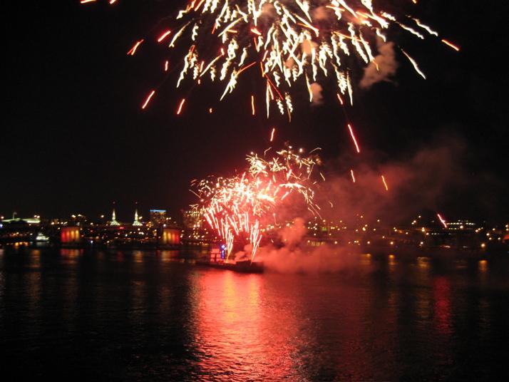 5-30-2008 fireworks wide