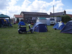 camp site (mark & anne's photos) Tags: vespa rally lambretta scooters custom scooterrally bretta ronniebiggs