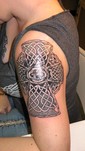Girls Celtic Cross Design