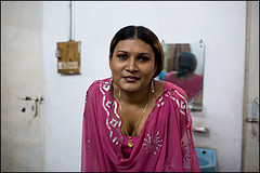 Payal in pink - Bangladesh (Maciej Dakowicz) Tags: gay portrait asia transgender transvestite homosexual bangladesh gender payal transsexual hijra