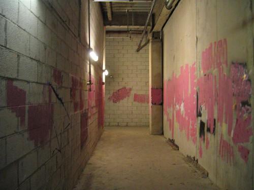 Anti-graffiti in a Palisades Center fire escape