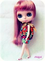 Vestido Balonê Floral (Teka e Fabi®) Tags: flower floral doll dress handmade clothes blythe boneca vestido roupa balonê tekaefabi