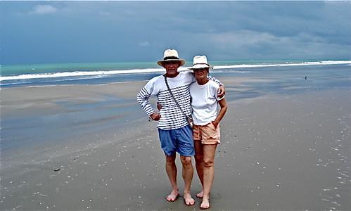 small-business-couple-on-Ecuador-Coast
