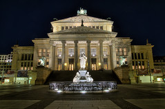 Konzerthaus (Xindaan) Tags: city longexposure light berlin architecture night germany geotagged deutschland licht nikon nacht explore getty architektur nikkor mitte soe hdr gettyimages schiller manfrotto nachtaufnahme langzeitbelichtung d300 berlinmitte gendarmenmarkt schauspielhaus nightimage konzerthaus photomatix schillerdenkmal 7xp concerthouse schillermemorial 055mf4 1685mm 1685mmf3556gvr afs1685mm 466mg