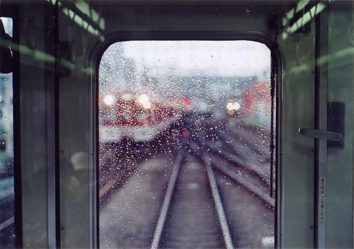 雨の日の近鉄電車