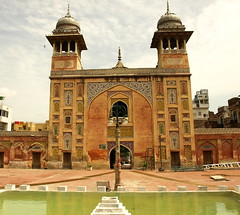 Wazir Khan Mosque (Faisal.Saeed) Tags: pakistan art architecture islam mosque holy khan lahore masjid islamic faisal wazir minars amoleonthecheekoflahore faisalsaeed
