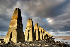 Cramond Causeway, Edinburgh (Semi-detached) Tags: sea sky beach clouds island evening scotland rocks edinburgh estuary september forth causeway lothian firth queensferry cramond superaplus aplusphoto