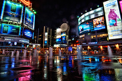 dundas sq. @ 2am (~EvidencE~) Tags: street toronto night ads nikon billboards dundas evidence hdr younge d80 mywinners location~dundassq noframeforgabi