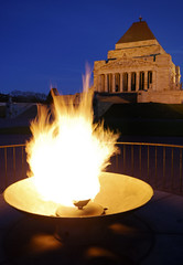 Shrine of Remembrance, Melbourne (scott photos) Tags: longexposure night iso100 evening nikon memorial war shrine remember dusk tripod sigma australia melbourne victoria flame 20mm remembrance 1020mm gitzo f9 australie d80 1020mmf456exdchsm 1020mmf456exdc 4secs byscottphotos gt1540