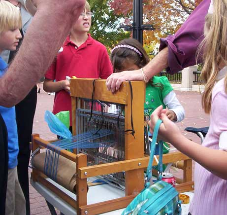 Kids Fascinated By Loom