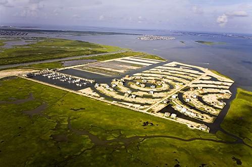 Galveston, TX - (c) 2008 Alex S. MacLean/Landslides
