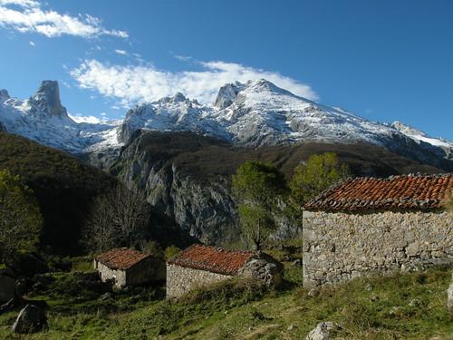 Naranjo de Bulnes desde Andares