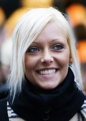 Portrait 3718 (Itzick a way) Tags: portrait face smiling blonde d200 youngwoman iloveyoursmile itzick