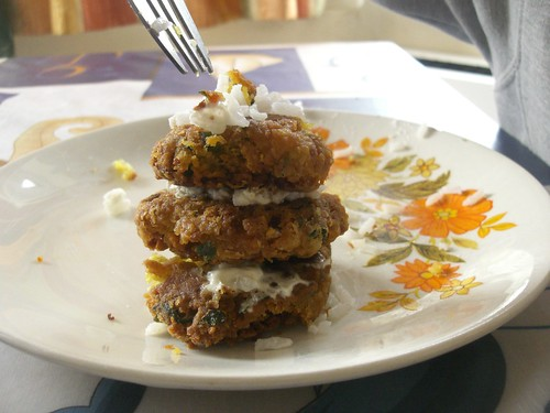 revithokeftedes chickpea patties