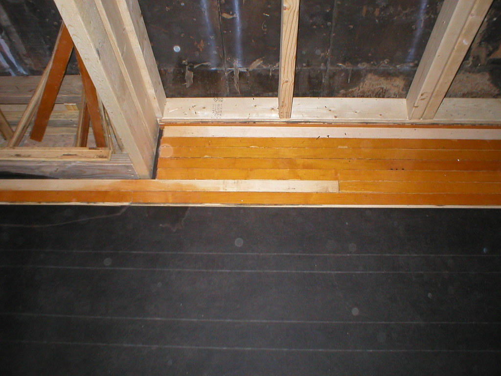 Laying Hardwood Floors 1