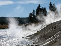 IMG_1073 (glazaro) Tags: park usa west america nationalpark scenery national yellowstonenationalpark yellowstone wyoming wes yellowstonepark