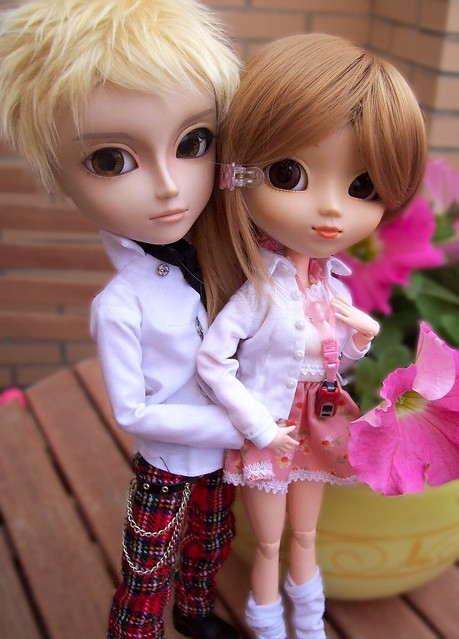 Nobu & Hachi | Taeyang Cavalie y Pullip Nina
