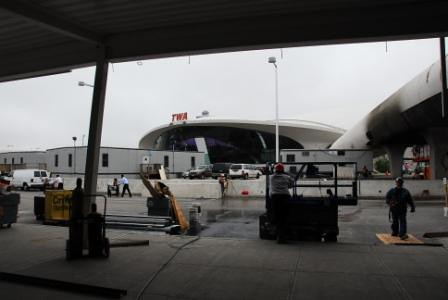 18369 JFK - TWA Terminal 5 - former airside facade fr Arrival level