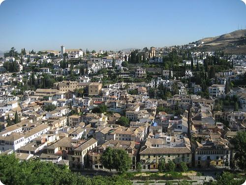 El Palacio de la Alhambra y sus alrededores