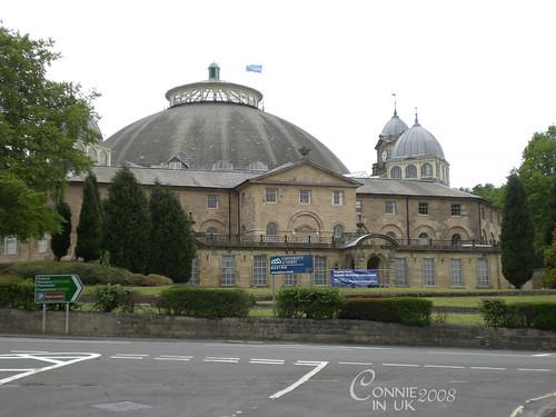 University of Derby 裡著名的圓拱型建築