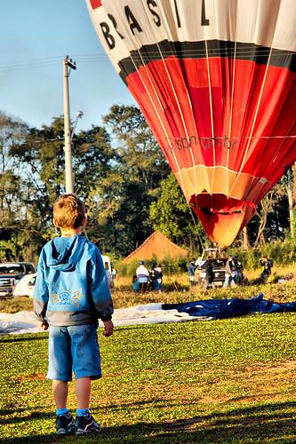 I wanna fly! / Quero voar!