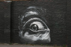 I've got my eye on you! (John.P.) Tags: uk streetart black eye wall graffiti guesswherelondon se1 gwl mintstreet
