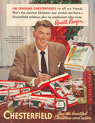 Chesterfield cigarettes ad with Ronald Reagan par Joan Thewlis