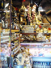 Firenze 29 (guillaumemunck) Tags: city trip travel summer vacation urban italy food holiday colors photography photo florence italian europe italia photographie tour photos couleurs july tuscany firenze toscana guillaume 2008 toscane italie italians italiens munck guillaumemunck guillaumemunckphotography