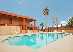 Quality Inn Cottonwood Az (kevin39_1999) Tags: africa railroad arizona out fun hotel sleep sedona motel canyon cottonwood jerome vede