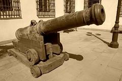 Se llaman RELAMPAGO Y FURIOSO (santiagonostalgico) Tags: chile santiago valparaiso calle edificio antigua urbana urbano historia antiguo sigloxx centrodesantiago historiadechile fotografochileno siglo20 historiadesantiago fotohistorica