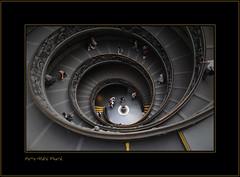 l'escalier hélicoïdal ... ( P-A) Tags: vatican rome antique moderne et placestpierre nikond300 lysdor pierreandrésimard rome18o808 escalierhélicoïdal merveillearchitecturale lieuxdeculteetdart lieuxdesgrandsmaîtresdelart