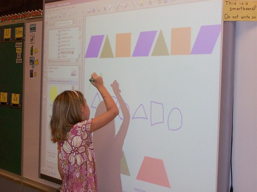 Using the Smartboard by Kathy Cassidy, on Flickr