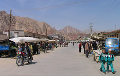 Tang Wang Village (Chinese muslim), Gansu, China (Thierry Hoppe) Tags: china road village wang tang gansu chinesemuslim