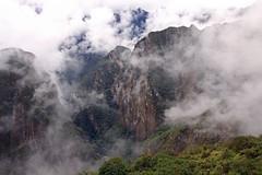 Peru_Machu_Picchu_Mist_Oct_08-45