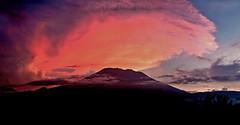 agung sunrise.jpg (istawanputu) Tags: bali volcano sidemen mickjagger romanpolanski iseh walterspies agungmountaint theomeier