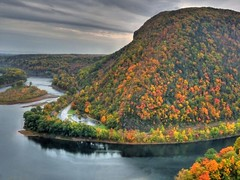 The Pennsylvania side of the Delaware Water Gap - autumn (joiseyshowaa) Tags: park new autumn trees red orange mountain mountains fall water leaves river landscape island newjersey colorful seasons pennsylvania hill nj gap resort pa national shore jersey land change delaware scape jerseyshore hdr penna tammany miski tamany joiseyshowaa watergapmount thepinnaclehof joiseyshowa tphofweek111