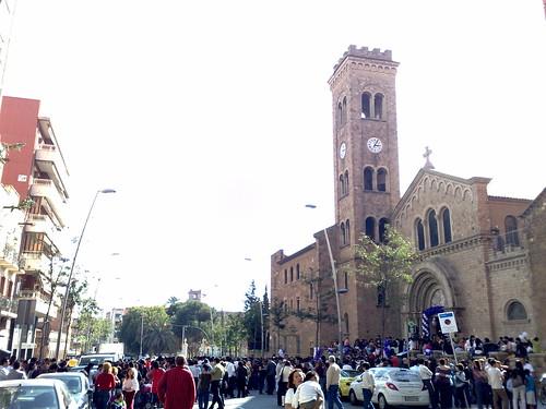 Avinguda Sant Ramon Nonat tallada per la Missa Peruana