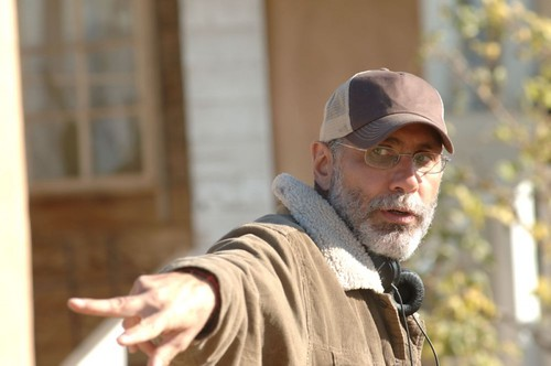 il-regista-guillermo-arriaga-sul-set-del-film-the-burning-plain da te.