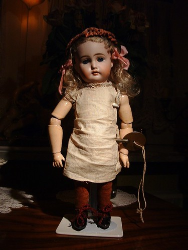 doll  with wind up key