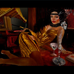 humming a jazz tune ... (Ro8 Avro) Tags: club cigarette avatar vinyl olive jazz martini smoking charleston tango secondlife di flavio flapper holder cigarrette avro smokie arrabal hoorenbeek dihoorenbeek ro8