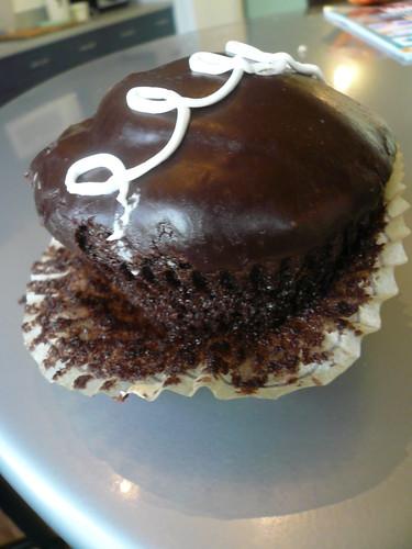 Pantsing the cupcake