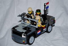 "RDTF Land Rover ""Stier"" Loaded Up (The Ranger of Awesomeness) Tags: dutch rover land soldiers apc tijger roa nar ifv rdtf"