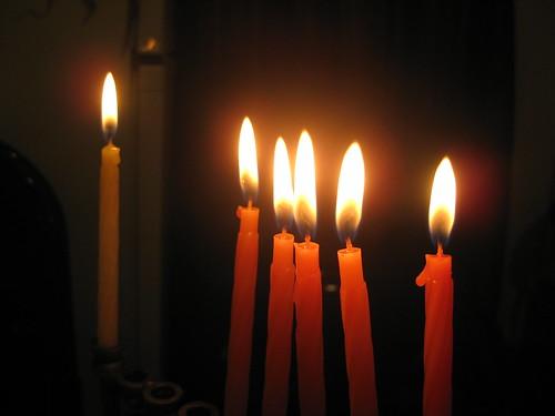 Cinquième jour de Hanoukka qui tombe le même jour que Noël