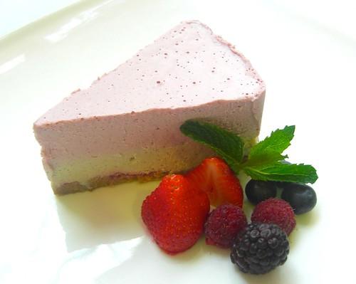 straw-white choco cake