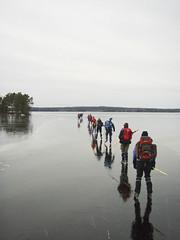 Queue (David Thyberg) Tags: winter people lake ice nature sweden skating sverige 2008 vstmanland fagersta brillianteyejewel mnningen