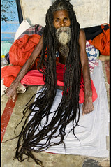 Jatha (Elishams) Tags: red india dreadlocks indian traditional religion culture varanasi baba sadhu hairs banaras benares northindia uttarpradesh ramnagar ramlila indedunord mywinners nagababa jatha