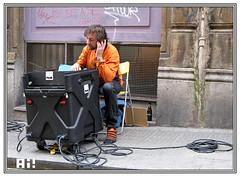 Msico (Ah! Bilbao) Tags: mercadillo rastro dosdemayo bilbaolavieja