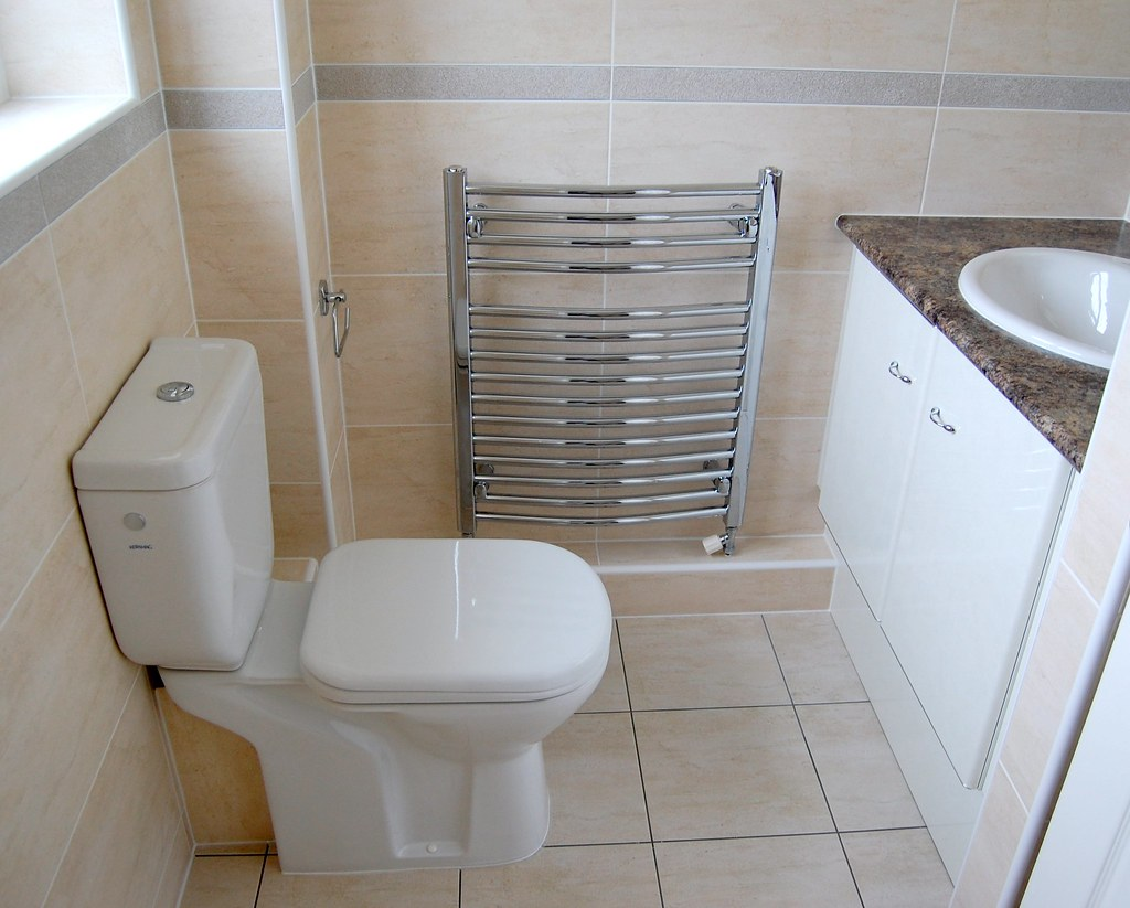 The world 39 s newest photos of jacuzzi and new flickr hive for Best bathrooms hartlepool