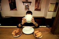 Italian Breakfast (Stranju) Tags: me breakfast cornetto cappucciono colaione cornettocappuccino cappuccinoebrioche teladoiolabrioche colazionehuhuhualmenounavoltascrivetelogiustohuhuhuhu lacolaionehaachefareconlabrioscechevuoidare